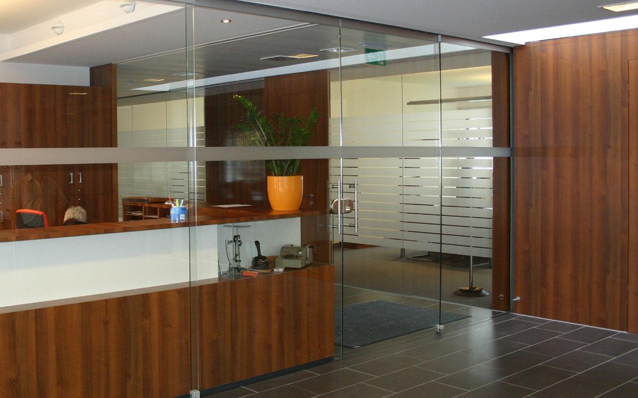 Glasraumteiler Büro